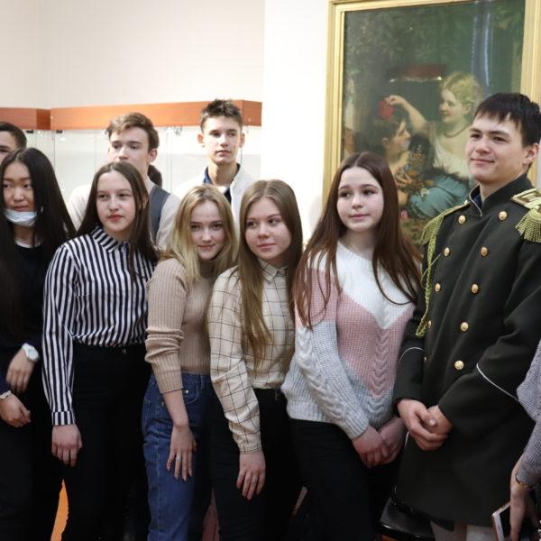 Презентация временной выставки «Снимки памяти» прошла в стенах Кяхтинского краеведческого музея.