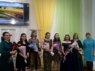 В зале Кяхтинского краеведческого музея прозвучали великие произведения русских авторов и музыкантов.